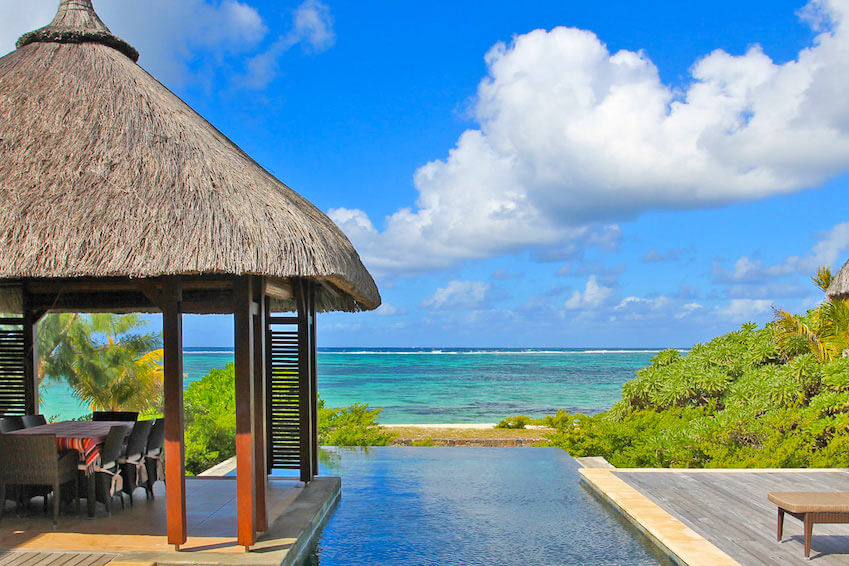 8 exceptional luxury villas in the heart of the Mauritian beauty
