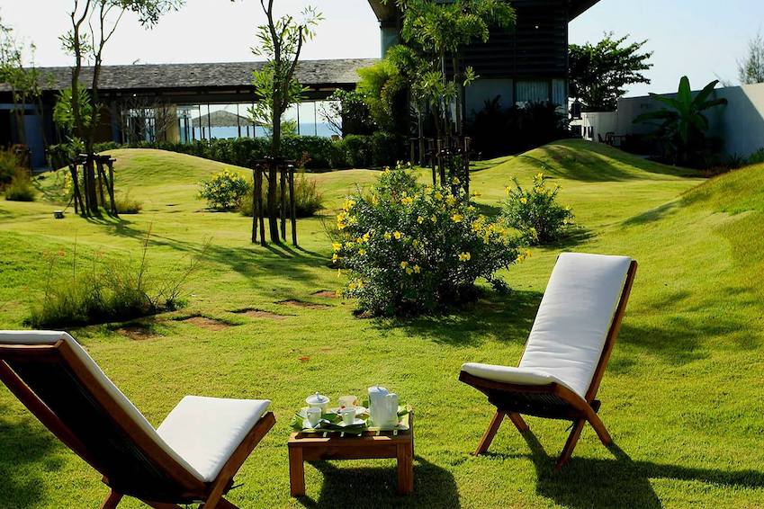 7 splendid gardens at our villas