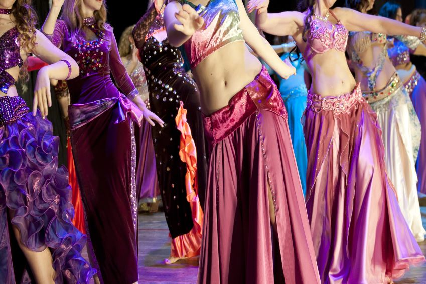 Where to attend an oriental dance performance during a stay in Marrakech?