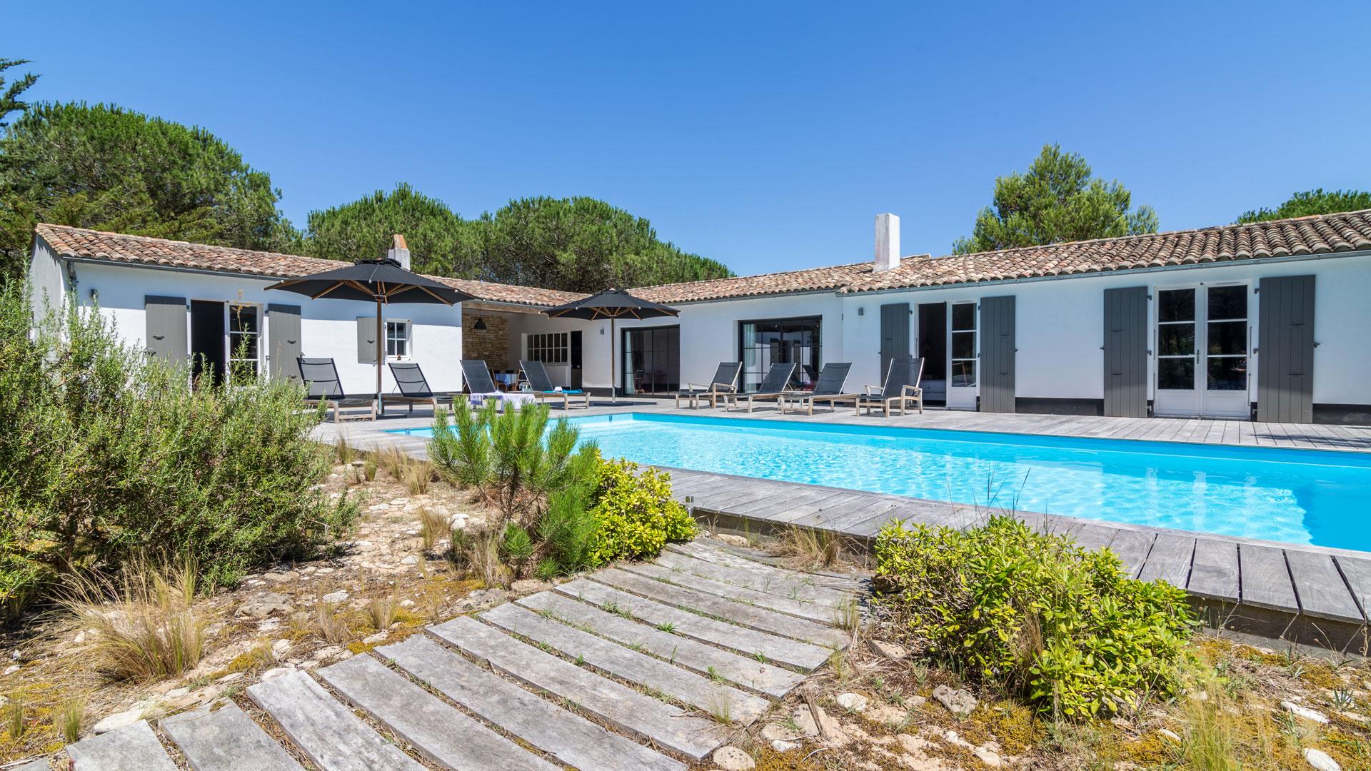 Luxury villa rentals on Ile de Ré  Villanovo