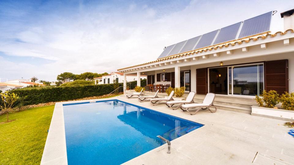Rent a luxury villa in Menorca | Villanovo